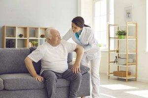 a nurse helps with senior respite care