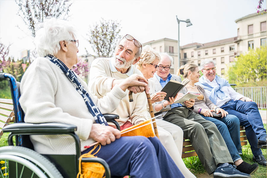 Rittenhouse Village At Portage Residents Enjoying Time Outside